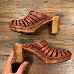 Vintage Woodworks by Thom McAn leather heeled mule